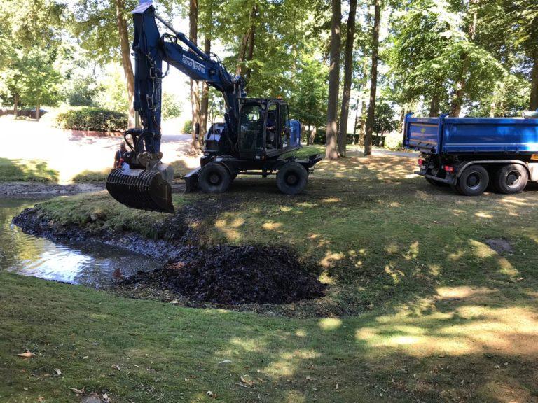 Baumfällarbeiten, Grundstücksrodungen mit der Baumschere (Schnittgröße bis 50 cm)